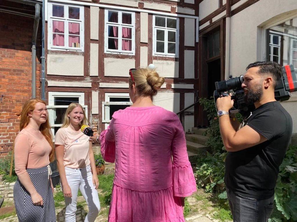 Op tv bij Explosiv RTL DE_meeting virginia