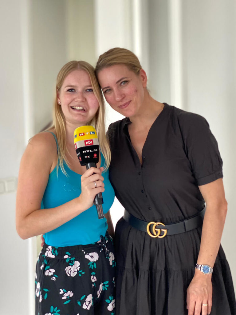 Wilma Westenberg with Anne Saha from RTL DE